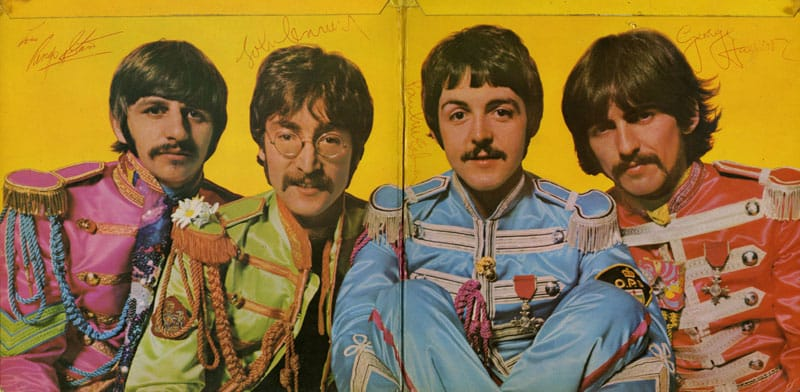 Fully SIgned Sgt Pepper Sleeve